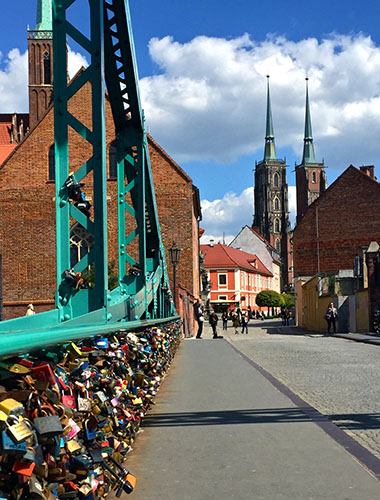 13 Most Tumski bridge and cathedral