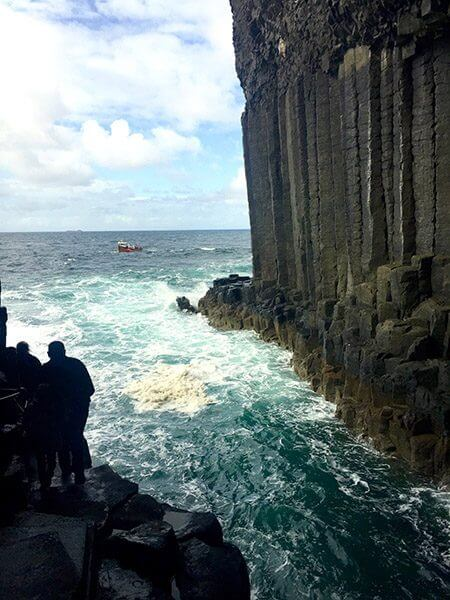 Basalt entrance, Fingal's Cave